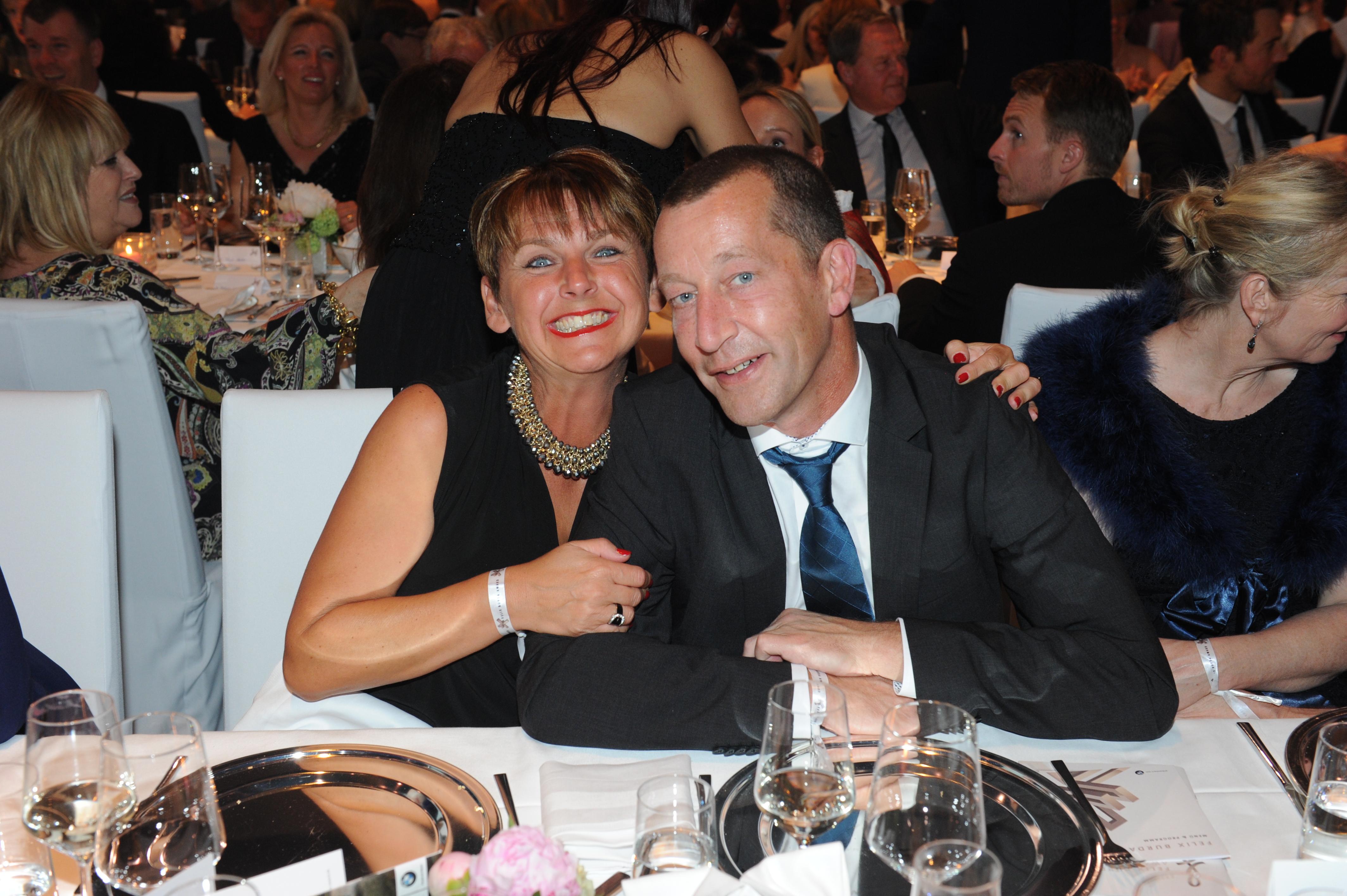 Dr. Albert Beyer (BNG, Sponsor) mit Frau Tanja Beyer FELIX BURDA AWARD 2016 in der BMW Welt MŸünchen am 17.04.2016 Foto: (c) BrauerPhotos fŸr Felix Burda Stiftung